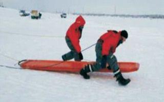 Спасательная доска для спасения на тонком рыхлом льду
