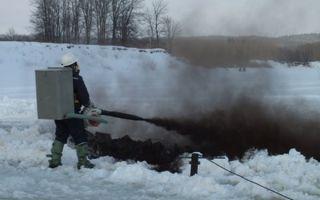 Метод разрушения ледяных заторов
